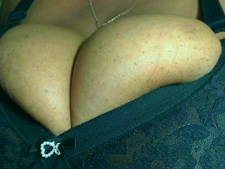 Webcam Snapshop for Model SexyBoobsnAss