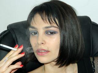 HoneyEyess's Profile Picture
