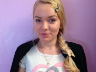BonnyBlond's Profile Picture