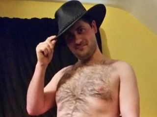 I'm A Cam Irresistible Male, I Am Caucasian And At Streamate I'm Named NightShadeGems, I Have Brown Hair And I'm 29 Years Of Age