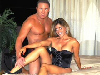 Gina_Gold_Bo_Blake @ It's Live