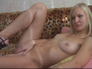 Watch Karina22 cam