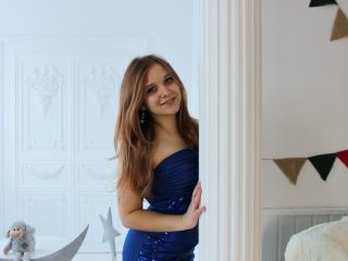 At Streamate People Call Me RainbowBird, I'm A Webcam Dreamy Female And I'm 18 Yrs Old! I Am Caucasian! I Have Brown Hair