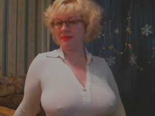 Watch BlondSexyBomb cam