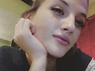Nikki_Burns
