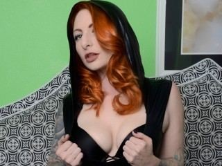 In private I enjoy dancing, toys, sloppy blow jobs, and light anal. If you would like role play, fetish play or self bondage, you have to take me to exclusive. I also do GOLD SHOWS on occasion. I'm Another Quality CamSharks XxX Model!