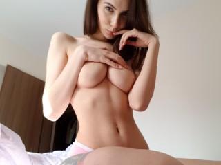 Laylaa_Leon