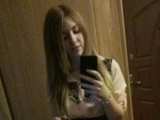 Ahlye_22