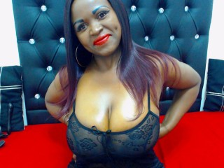 Webcam Snapshop for Model HOTBLACKMISTRESS30