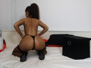 I'm A Sex Webcam Sensual Bimbo, I Am Caucasian, I Have Brown Hair, My Streamate Name Is JeniferFire