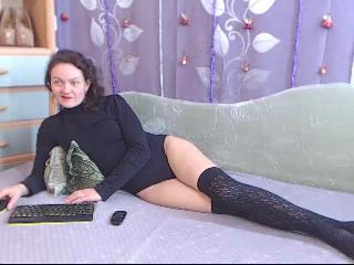 Latest Screen Shot from MatureGirl