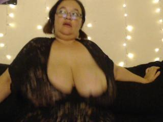 DebaucherousPenny Porn Show