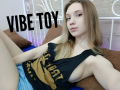 SophiaOzz is live now!
