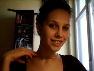 Picture of Funnygal Web Cam