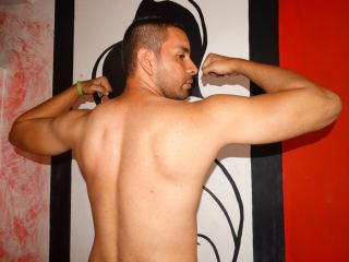 Picture of Pulgarcito33hot Web Cam