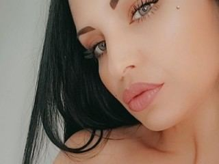 Miss_Rayne Webcam