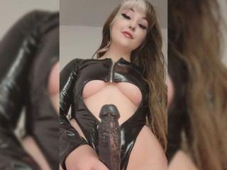 MistressAddi Webcam