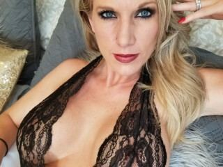Flirty_Nola Webcam