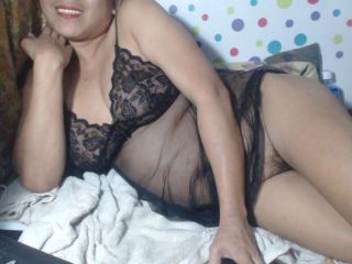 SpicyBoobsy69 Webcam