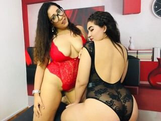 Lauren_and_Monica Webcam