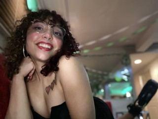 Lola_MaeUSA Webcam