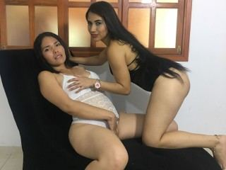 sharon_and_sheryn Webcam