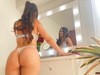 Live cam with Hanna_Evans webcam model