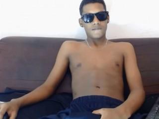 Indexed Webcam Grab of Blacksexx92
