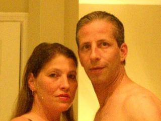 Indexed Webcam Grab of Sexeeflcouple