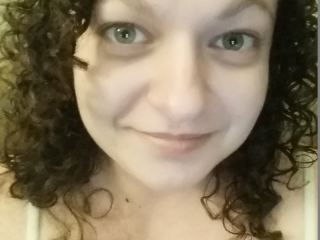 Indexed Webcam Grab of Curlysue42