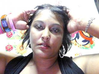 Indexed Webcam Grab of Pureindianmilf