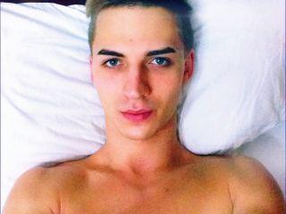 Indexed Webcam Grab of Sugar_boy
