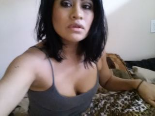Indexed Webcam Grab of Monicaknows