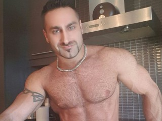 Hairy_Muscle_Mike