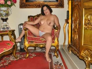 milfsexyhorny52 sex chat room