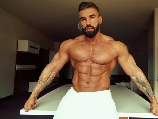 adonis_muscles's Live Cam