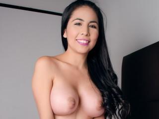 flaviasantacruz sex chat room