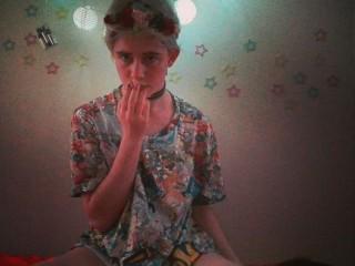 Indexed Webcam Grab of Pink_prince