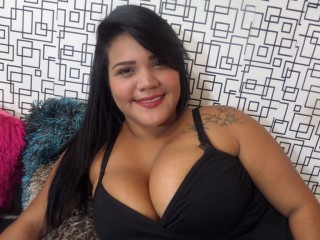 Roxybigtits's Live Cam