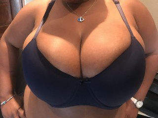 BIGDOLLBOOBS