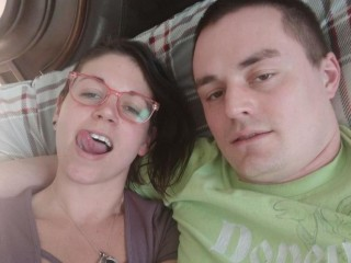 Indexed Webcam Grab of Connie_and_nelson