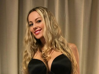Anita_Dark Webcam