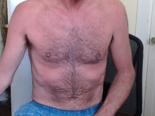 Chat with Hairy_Hung_Mike
