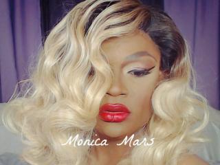 Monica_Mars