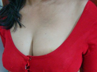 Hot_Pooja's Profile Image