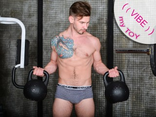 Chat with HaydenMuscled