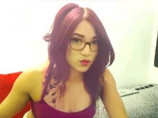 Isabella_big_hot