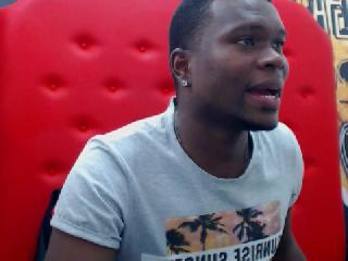 EIDAN_JAMES's Live Cam