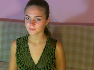 Indexed Webcam Grab of Sexymodel4u