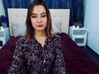 CassandraWOWBaby's Live Cam